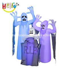 La prestazione esterna Props il fantasma gonfiabile di Halloween