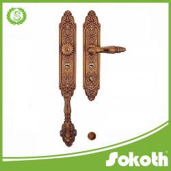 Sokoth stellte Messinglandhaus-Gatter-Tür u. Tür-Befestigungsteile mit grosser Platte her