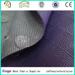 قماش مصقول PU مصقول جيد التهوية W/R 3000 مم من النسيج 1200d بطول 3000 مم من أجل سجادات الخيل