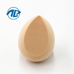 De zachte Daling van het Water van de Schoonheid van de Vorm van het Ei van het Stuk speelgoed maakt omhoog tot Sponsen de GezichtsMake-up van de Rookwolk Kosmetische Spons