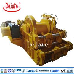Treuil de remorquage maritime hydraulique avec dispositif de câble