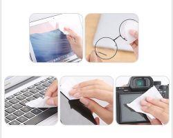 レンズおよびスクリーンの洗剤はSmartphonesのようなクリーニングの小さい電子デバイスのためのそれぞれ包まれたぬれたワイプ、ワイプおよびタブレット、50のボックスを順行する