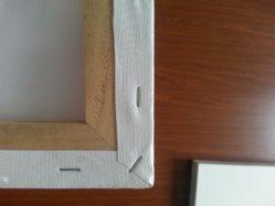Holzrahmen-Segeltuch, ausgedehntes Segeltuch, streichend an