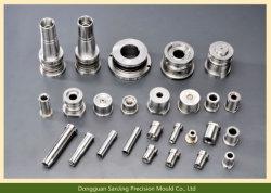 Précision en aluminium de haute qualité des pièces automobiles d'usinage CNC Pièces de moulage par injection plastique