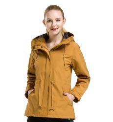 Rivestimento impermeabile del Windbreaker del cappotto di pioggia della tuta sportiva di inverno delle signore con il cappuccio