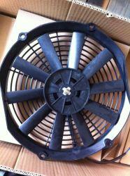 Aire acondicionado Coche 12V / 24V empuje Motor AC de flujo de aire de refrigeración de aire del ventilador del condensador externo