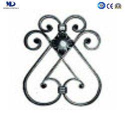 Las piezas ornamentales rosetas de hierro forjado.