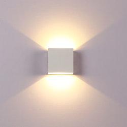مصابيح LED للحائط بإضاءة من الألومنيوم تتسم بالبساطة العصرية غرفة المعيشة بغرفة النوم