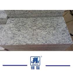 Het opgepoetste Witte Graniet van de Nevel of Overzeese Golf voor de Tegel van de Muur of van de Bevloering of Countertop of van de Trede van de Keuken Stappen of Grafsteen of Fontein of de Bovenkant of de Straatsteen van de Ijdelheid