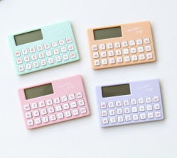 Bureau de la corde de gros de papeterie scolaire Creative calculatrice portable Mini calculatrice 8 bits