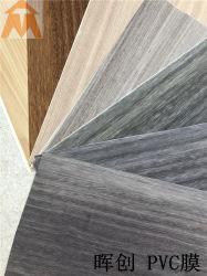 Nouveau design super film PVC Matt du grain du bois pour le Conseil de mousse