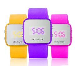 La gelée de silicone Fashion Square miroir couleur montre bracelet numérique DEL Kids montres pour cadeau (JY-SD001)