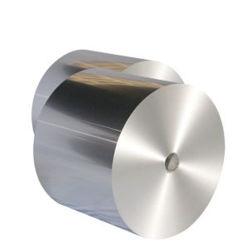 Heavy Duty 0,009 épaisseur du papier aluminium dans le four en bas pour l'isolement