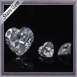 宝石類のための切断およびサイズのMoissaniteの極度の白いカスタマイズされた石