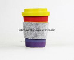 펠트 소매를 가진 재사용할 수 있는과 접지 닦은 기계 안전한 생물 분해성 대나무 섬유 커피 잔