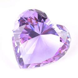ハート形愛ギフトの記念品が付いている水晶ダイヤモンド