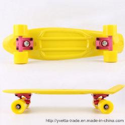 El PP de skate de plástico PU con el tamaño de rueda y ABEC-7 teniendo en Brasil (YVP-2206)
