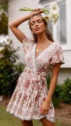 夏の新しい女性の衣類ボヘミア浜の休日の風の不足分の袖深いVの服