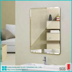 Ausgezeichnete Glas imprägniern 2mm 3mm 4mm 5mm 6mm Vakuum beschichtetes Aluminiumder spiegel-Glas für Innenanwendungen