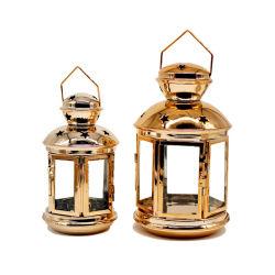 創造的な庭の床のハングのランタン、防風のガラス金属の蝋燭ホールダー