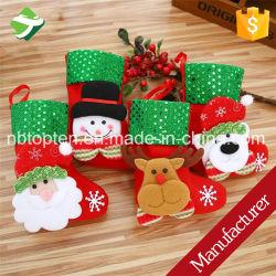 La pendaison chaussettes de Noël Le Père Noël Bonhomme de neige mini sacs de stockage cadeau de Noël