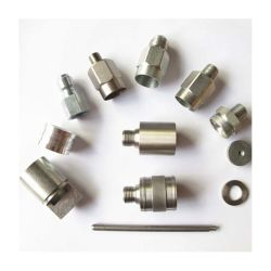 الصفقات الشهرية شركة CNC المصنعة للمعدات الأصلية قطع غيار تحويل الماكينات المصنعة بشكل مخصص