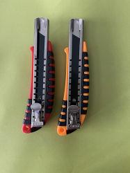 Coupe-papier industriel Boîte en plastique Couteau de sécurité de la faucheuse couteau des couteaux du hacheur