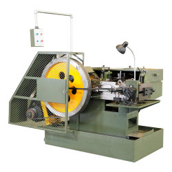 La bola de acero forjado en frío/equipo/máquina de hacer un dado un golpe