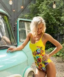 Form-reizvoller einteiliger gelber Badeanzug-Blumen-Badebekleidungs-Frauen-Bikini (SJ020-1)