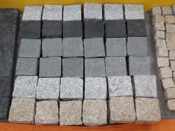 Baumaterial-natürlicher Granit/Basalt/stolperten Kopfstein/Würfel/Kubikpflasterung-Stein/Straßenbetoniermaschine-Stein für Landschaft, Garten