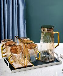 تصميم جديد تصميم يدوي منفوخة من أواني زجاجية بوروسيليكات مياه شرب إبريق إبريق يتم ضبط هذا الإعداد باستخدام غطاء من الفولاذ المقاوم للصدأ
