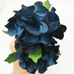 SOLA 木製の花束に籐ウィックを添えてリードディフューザをご用意しました
