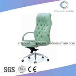 Chaise de bureau en cuir beau