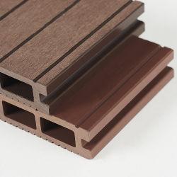 De houten Samengestelde Bevloering van het Dek van de Raad WPC Holle Openlucht 3D