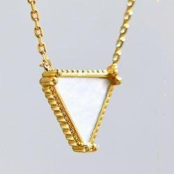 Forma de triángulo de joyas de moda Collar de Concha Collar de Oro 9K.
