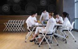 Fauteuil de massage moderne de l'accoudoir de bureau nouvelle arrivée à l'aise Dos haut Groupe de Jeu pour le bureau ou de formation renouvelable réunion mobilier de maison