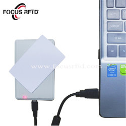 デスクトップ USB RFID カードリーダーおよびライタ
