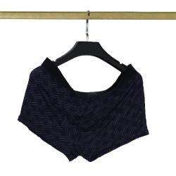 Sexy utilizadas roupas íntimas em fardos