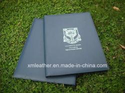 De Dekking van het Certificaat van de Houder van het Diploma van het Leer van de Graduatie van Colleage A4 met het Embleem van de Douane