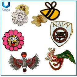 Amostra grátis Botão Personalizado Fashion Metal artesanato de lapela Loja Emblema moedas crachás de botão de esmalte grossista Pin para promoção dons