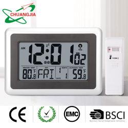 무선 센서 및 원자벽 시계가 있는 실내 실외 온도계