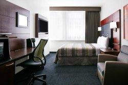 Bois de feuillus en acajou Almari Custom-Made Design Hôtel rembourrés Meubles de chambre d'accueil
