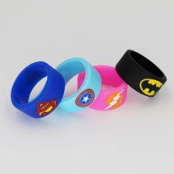 Superman Batman Captain America Flash Vape gravé du logo de la bande de silicone Silicon beauté anneau décoratif pour le verre de réservoirs d'atomiseur de l'anr E-CIGS Vape Mod