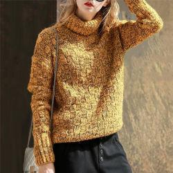 여자의 자라목 스웨터 느슨한 스웨터 크로셰 뜨개질