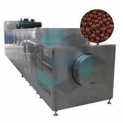 多機能チョコレート豆のローラーの前の機械