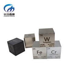 Decoratie gegraveerd periodieke tabel metalen ijzer kubussen
