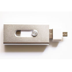 Muestra gratuita de la unidad flash USB OTG de metal para el iPhone (TL)
