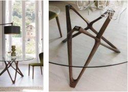 Nouvelle table à manger en verre Rectangle d'arrivée correspondant à base de bois solide