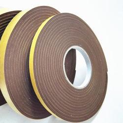 Un fuerte adhesivo doble cara cinta de espuma de PVC para cubrir las lagunas en las puertas y ventanas