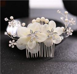 De mooie Bruids Juwelen van de Band van het Haar van de Bloem van het Haar Bijkomende Witte
